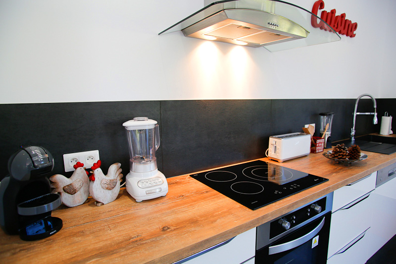house rental grau d agde kitchen 2